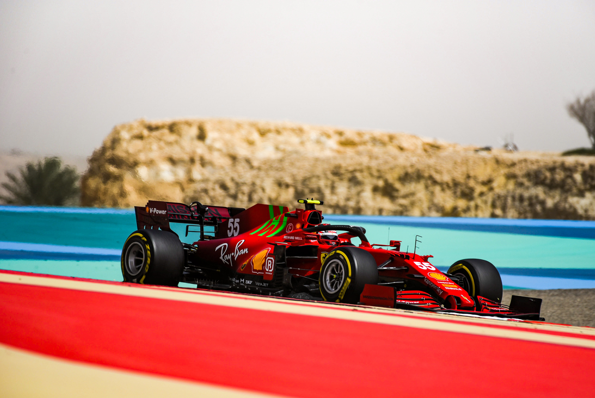 55or-f1-test-bahrain-sf21-day-2_1912